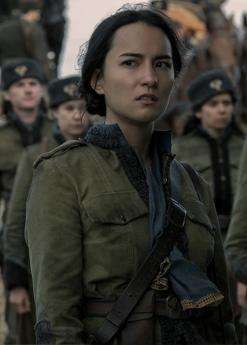 Alina Starkov (Jessie Mei Li)