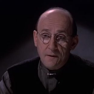 Babylon 5: S04E18: Intersections in Real Time