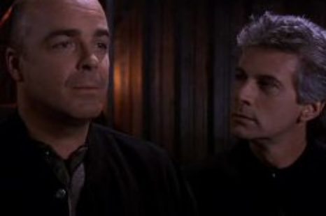 Babylon 5: S04E12: Conflicts of Interest