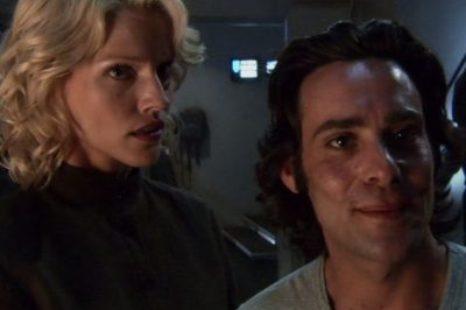 Battlestar Galactica: S01E07: Six Degrees of Separation