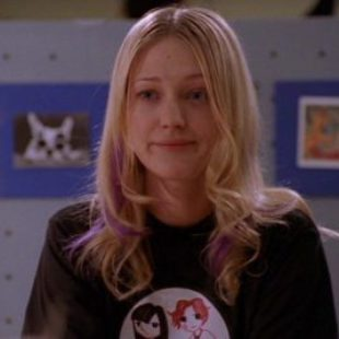 Buffy the Vampire Slayer: S07E04: Help