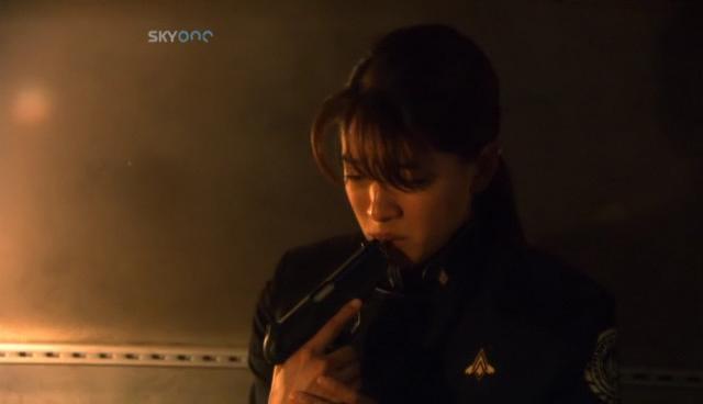 Battlestar Galactica: S01E12: Kobol's Last Gleaming Pt.1