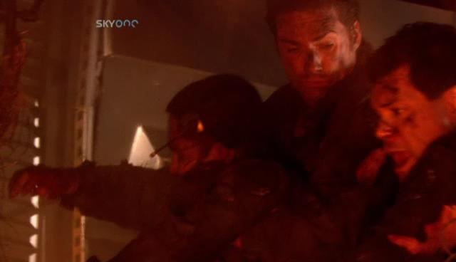 Battlestar Galactica: S01E13: Kobol's Last Gleaming Pt.2