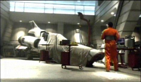 Battlestar Galactica: S02E09: Flight of the Phoenix