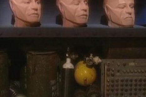 Red Dwarf: S04E02: D.N.A.