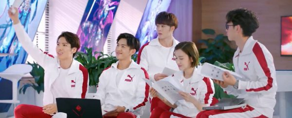 The Kings Avatar (Live Drama) 23-07 Chen Guo consolidates everyones contract and the team now get a regular salary
